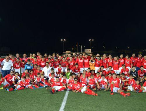 El C.F. Campanario presenta este viernes a sus cinco equipos y más de 100 jugadores