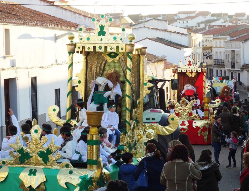 Cinco carrozas conformarán la cabalgata de los Reyes Magos este año