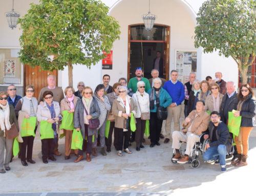 Integrantes de la Casa de Extremadura en Cádiz visitan Campanario
