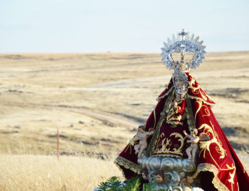 La imagen de la Virgen de Piedraescrita regresa a su ermita