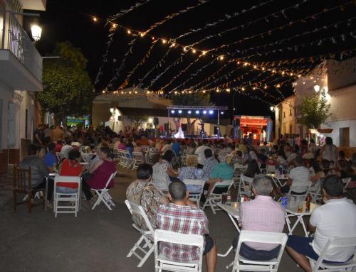 La Feria de La Guarda incluye juegos populares, actuaciones musicales y chocolate con churros