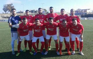 El  Campa  supera en un buen partido al Villafranca (2-0) y acecha la cabeza c3991499ba104
