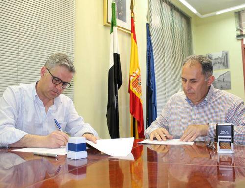 El Ayuntamiento de Campanario e Inclusives renuevan su convenio para contratar a personas con discapacidad