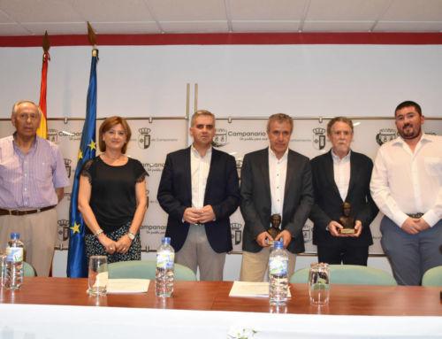 El Ayuntamiento entrega los premios del V Certamen Literario de Relatos Cortos