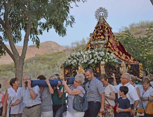 Cientos de emigrantes de Campanario se reencuentran con la Patrona