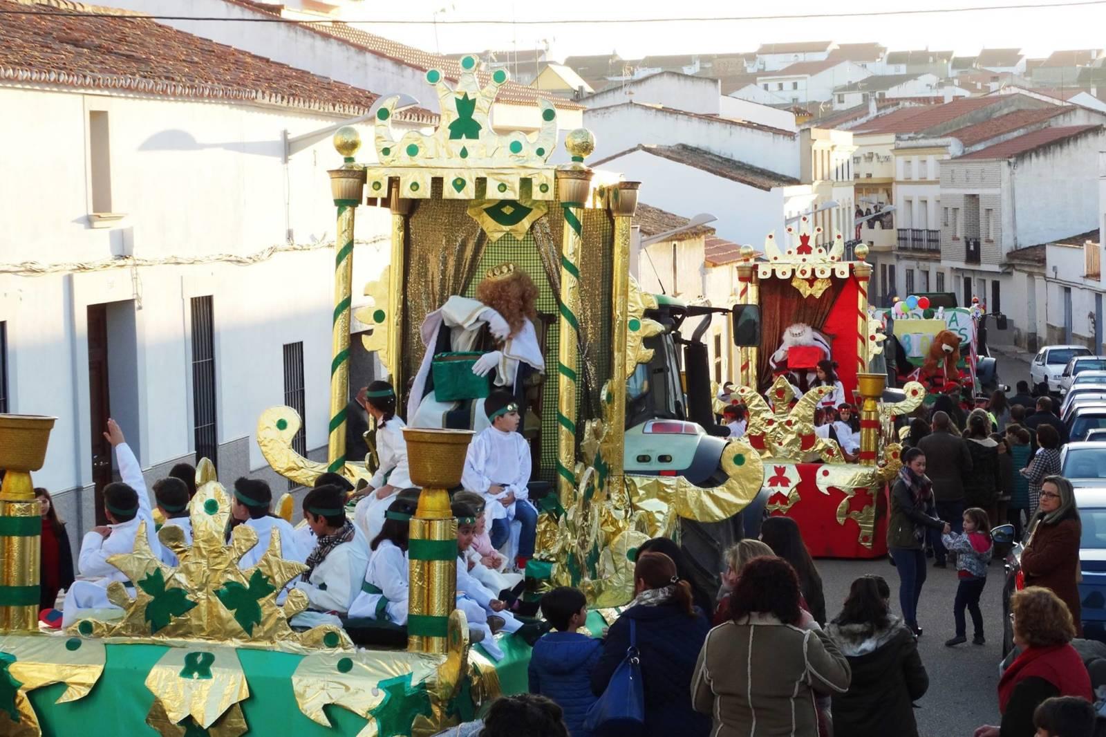 Carrozas De Reyes Magos Fotos.La Cabalgata De Los Reyes Magos Contara Con Cuatro Carrozas