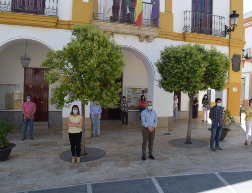 Campanario guarda un minuto de silencio en homenaje a las víctimas del coronavirus