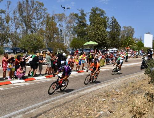 La Vuelta pasó junto a la Playa de Campanario
